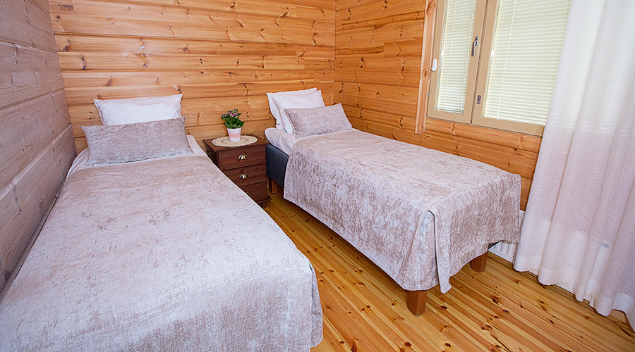 Tommolansalmi holiday cottages
